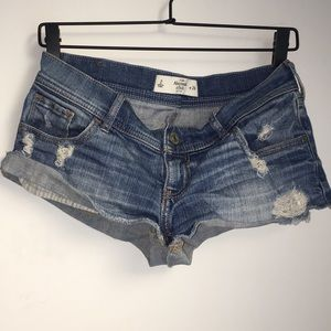 Abercrombie & Fitch short shorts